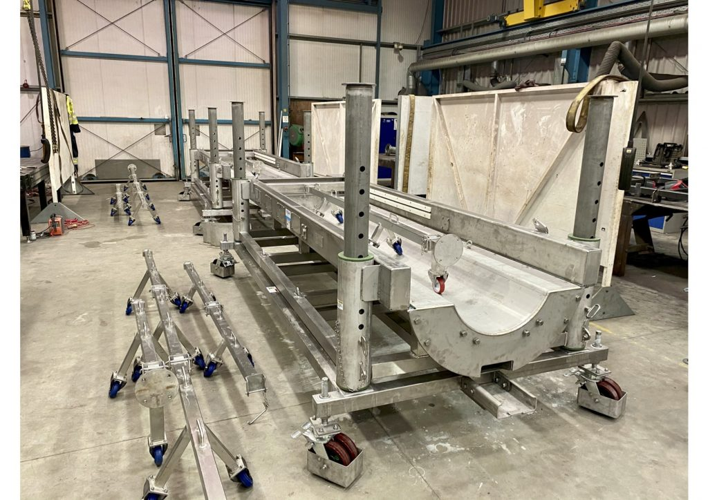 Ocean Kinetics designs and manufactures a heavy-duty, stainless-steel pig trolley for Pipelines 2 Data and will be used Offshore.